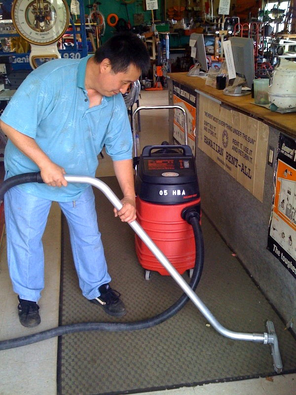 Where to find VACUUM 15 GAL EVACUATOR in Honolulu