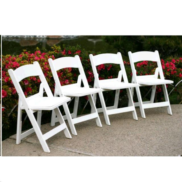 Where to find CHAIR WHITE PADDED RESIN in Honolulu